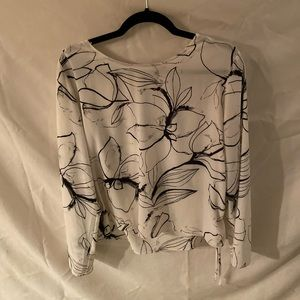 White floral bell sleeve blouse